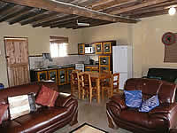 Hazyview Country self catering Cottages no. 5 lounge
